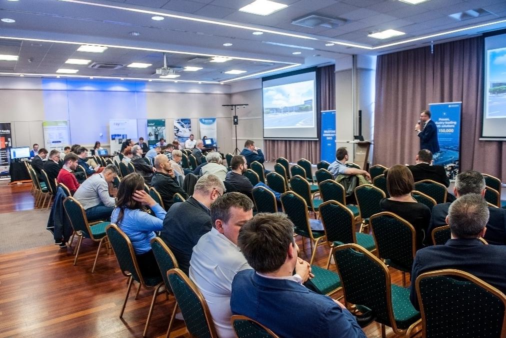 konferencja Milestone